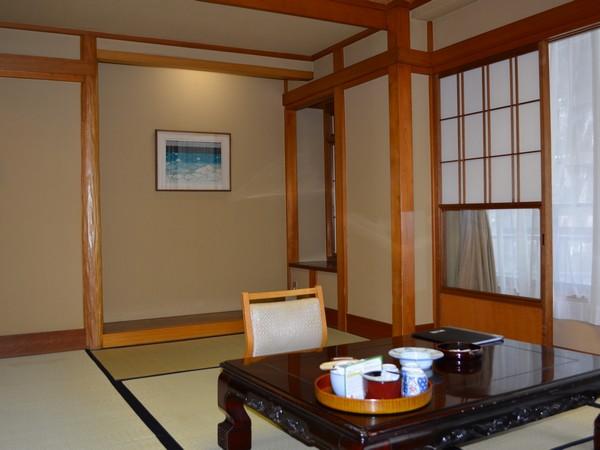 和室8畳のお部屋です(眺望は望めません)