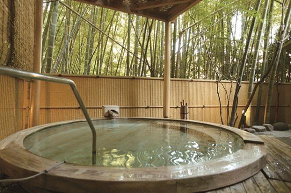 水月の庄・月の湯・露天風呂